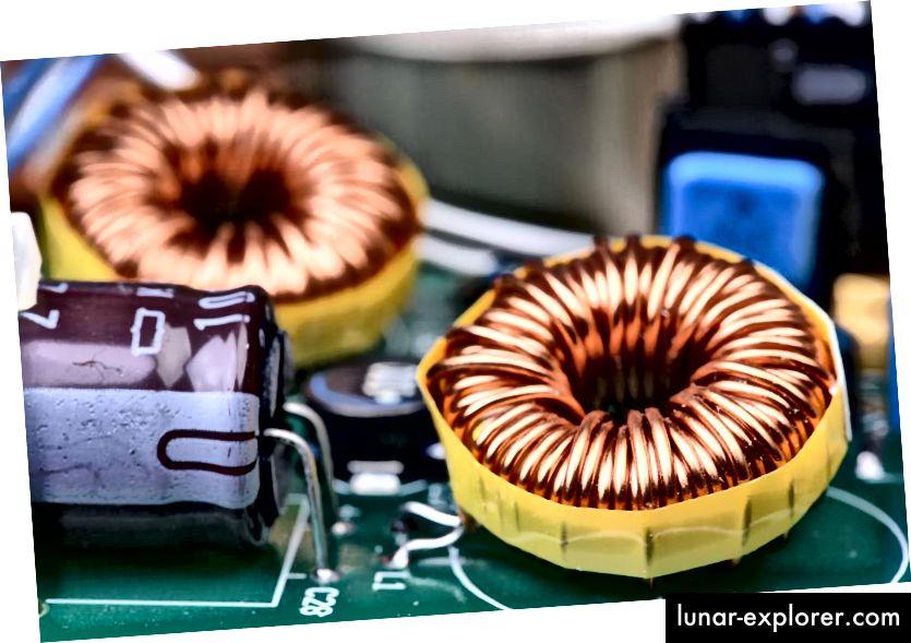 Čak i uz sve revolucije koje su 19., 20. i 21. stoljeće donijeli u elektronici, konvencionalni magnetski induktor u konceptu ostaje gotovo nepromijenjen u odnosu na Faradayeve izvorne nacrte. (Shutterstock)