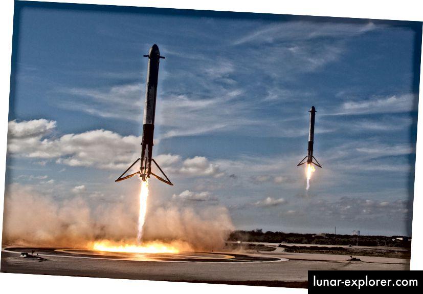 Falcon Heavy Side Booster landen auf den Landebereichen LZ1 und LZ2. Quelle: SpaceX