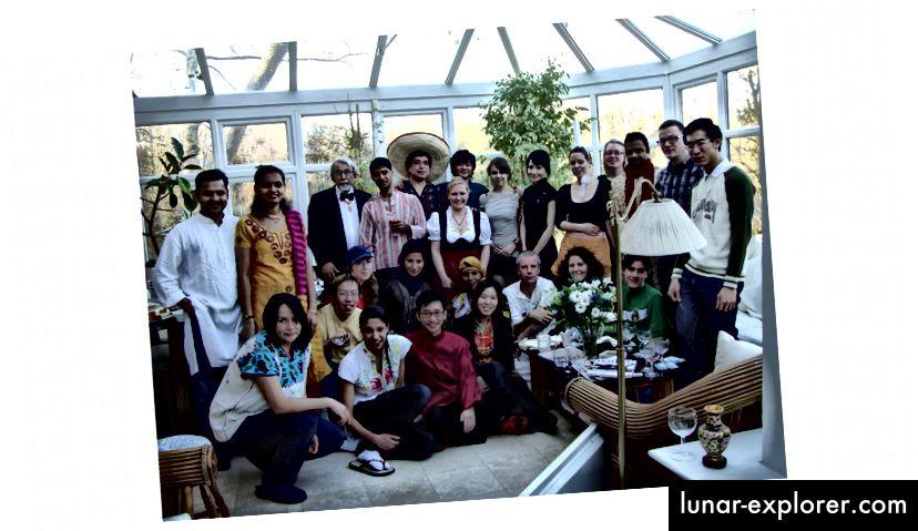 2010 konnten Mitglieder der Blundell Research Group 38 Sprachen sprechen