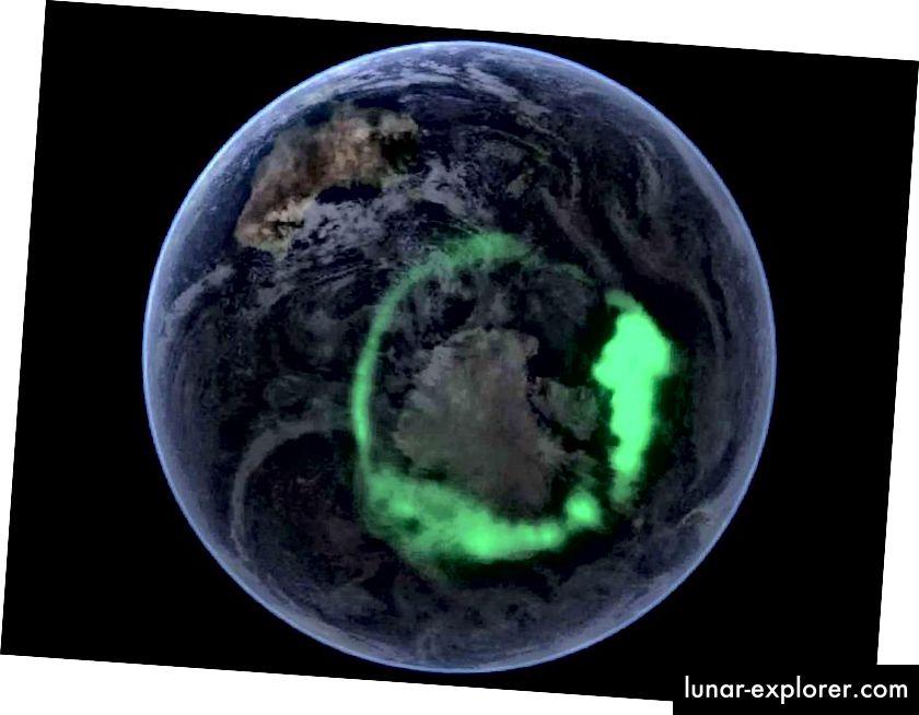 Dies ist ein Falschfarbenbild des ultravioletten Aurora australis, das vom NASA-Satelliten IMAGE aufgenommen und auf das satellitenbasierte Blue Marble-Bild der NASA gelegt wurde. Das Aurora-Bild ist jedoch absolut echt. (NASA)