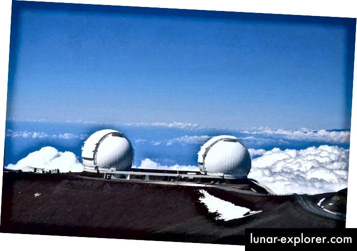Die Zwillingsteleskope des Keck-Observatoriums sitzen auf dem Gipfel von Mauna Kea, Hawaii (KECK)