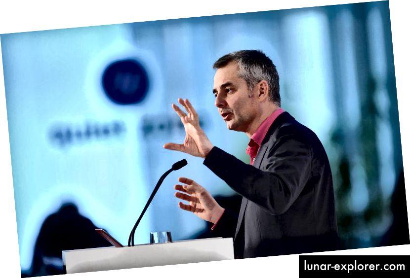 Albert-László Barabási auf der Digital Life Design (DLD) Konferenz im HVB Forum am 22. Januar 2013 in München. Foto: Tobias Hase / Alamy