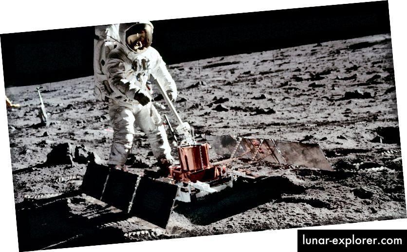 L'esperimento sismico passivo è stato il primo sismometro posizionato sulla superficie della Luna. Ha rilevato