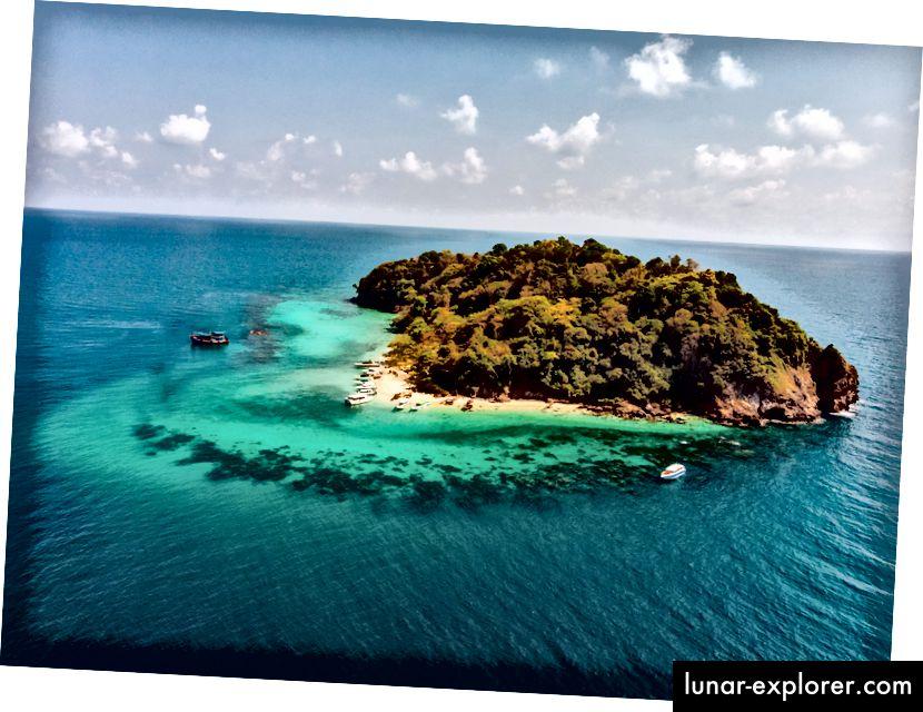 Ternyata mencari 'selamat' di situs foto stok memberi Anda banyak hasil untuk pulau. Sumber: Pexels