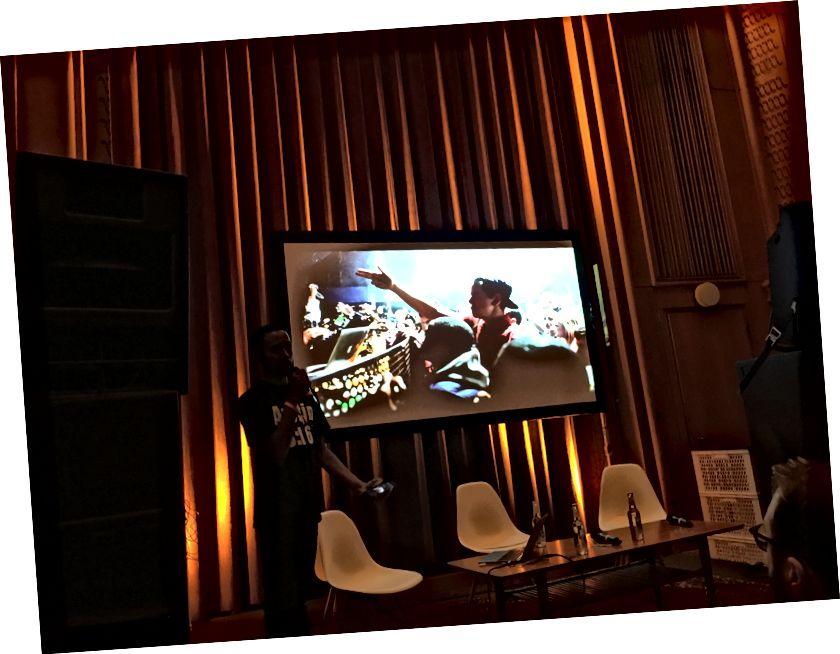 বার্লিনের অ্যাবলটন লুপে বাটারজের সৃজনশীল বাস্তুসংস্থানে উপস্থাপনা