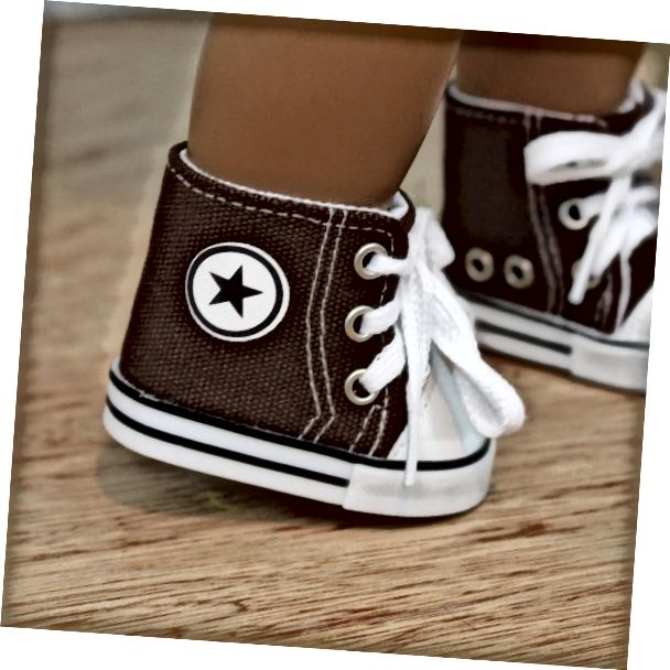 Ո՞վ է կապում ամերիկյան աղջկա ոտքերը: