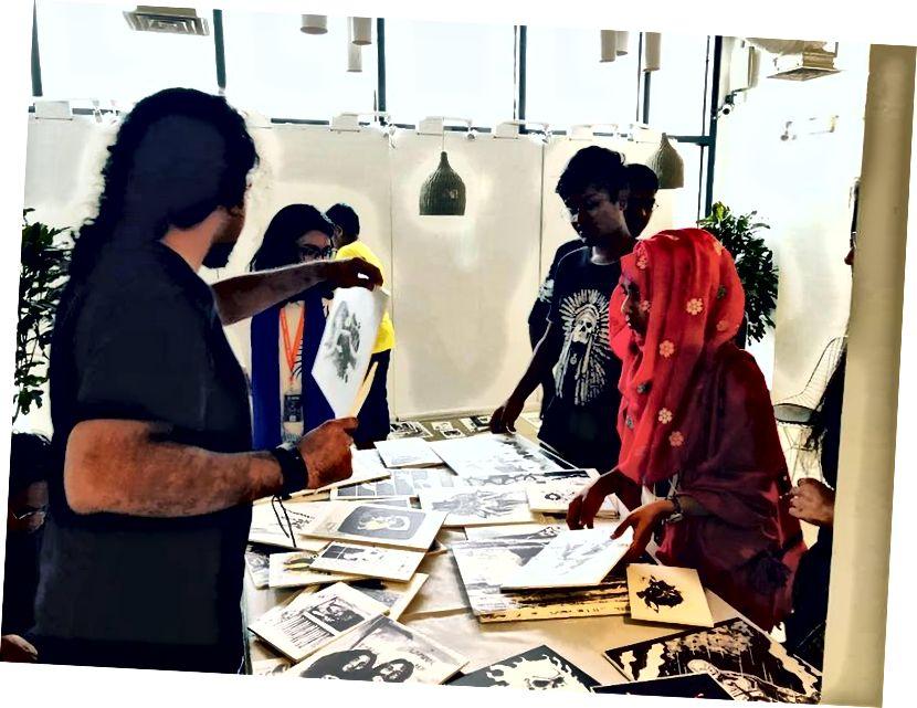 Екипът усилено работи с курацията на цялата изложба!