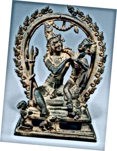 (Նկար 12) 9-րդ գ Պալա դինաստիայի քանդակը