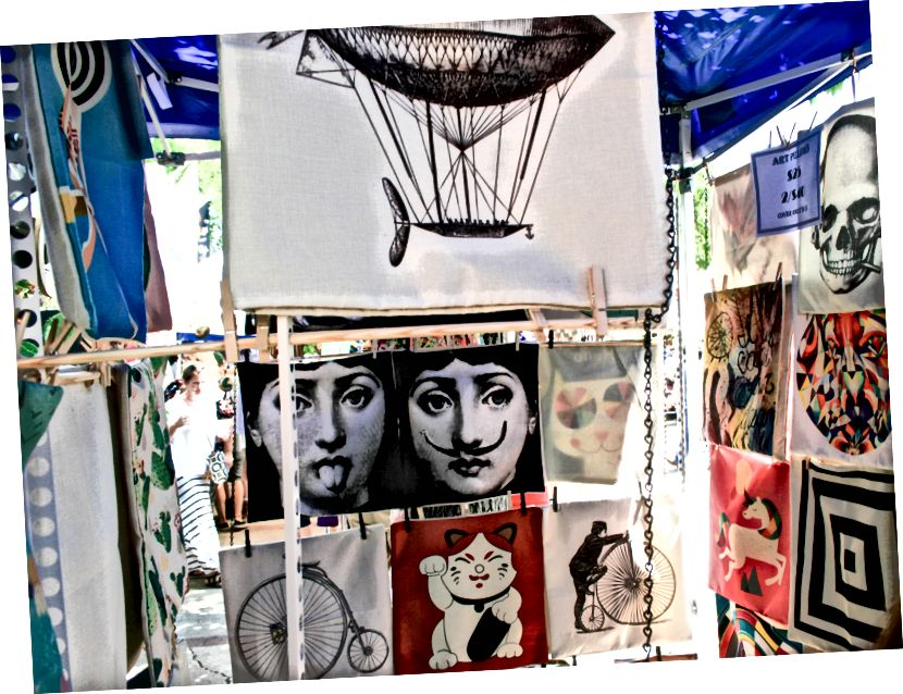 Polštářové obaly nalezené na Art Festivalu v Paseo Art District (Oklahoma City, OK) - 28.5.18