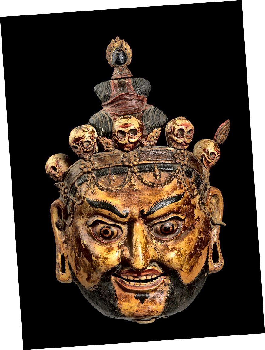 নিমাসা ওজর (গুরু রিনপোচের আটটি প্রকাশের মধ্যে একটি) হিসাবে পদ্মসংশভার itতিহ্যবাহী নৃত্যের মুখোশ। ভুটান; সিএ 18 ম 19 century শতক। পেপিয়ার-মাচা এবং রঙ্গক, চামড়া। | ব্রুস মিলার সংগ্রহের সৌজন্যে