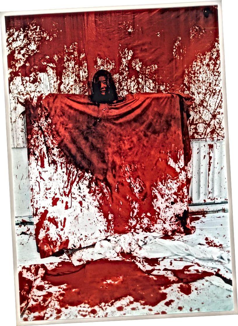 Chiharu Shiota, Rəsm olmaq, 1996   Rəssama nəzakət