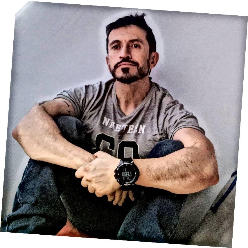 Լուսանկարը ՝ Esteban Briones- ի հետ