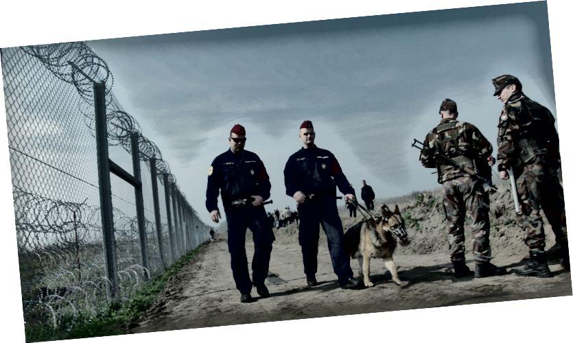 """Stále z """"ľudského toku"""" pohraničnej stráže v Maďarsku"""