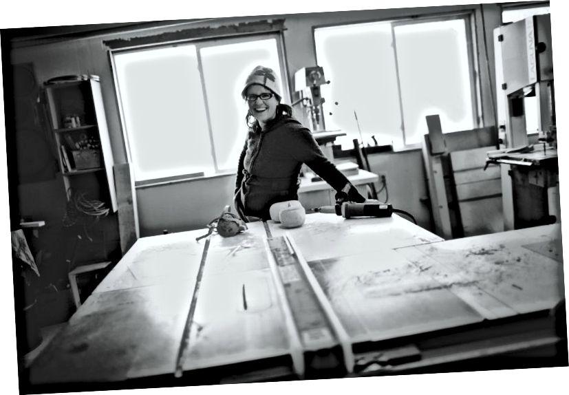 Էմի Առնոլդը իր ստուդիայում: © Ray + Kelly Photography