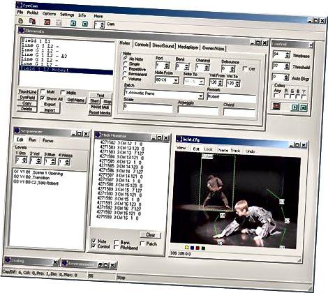 Frieder Weisse tərəfindən Eyecon ekranı. [Təsvir təsviri: Windows 2000-də işləyən proqramın ekran görüntüsü, bəzi debat bindirmələri, debug mətni və parametrləri olan canlı kamera girişi üçün çox panel. Hər bir panel