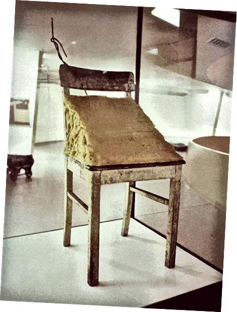 Дебел стол - 1964 г., Джоузеф Бейс