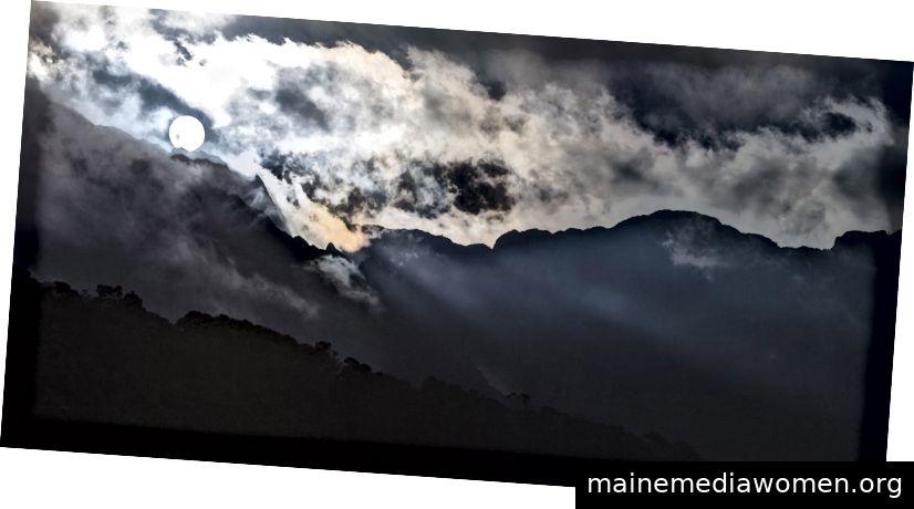 Berge des Mondes von Steve Russell (Foto von der Künstlerwebseite)
