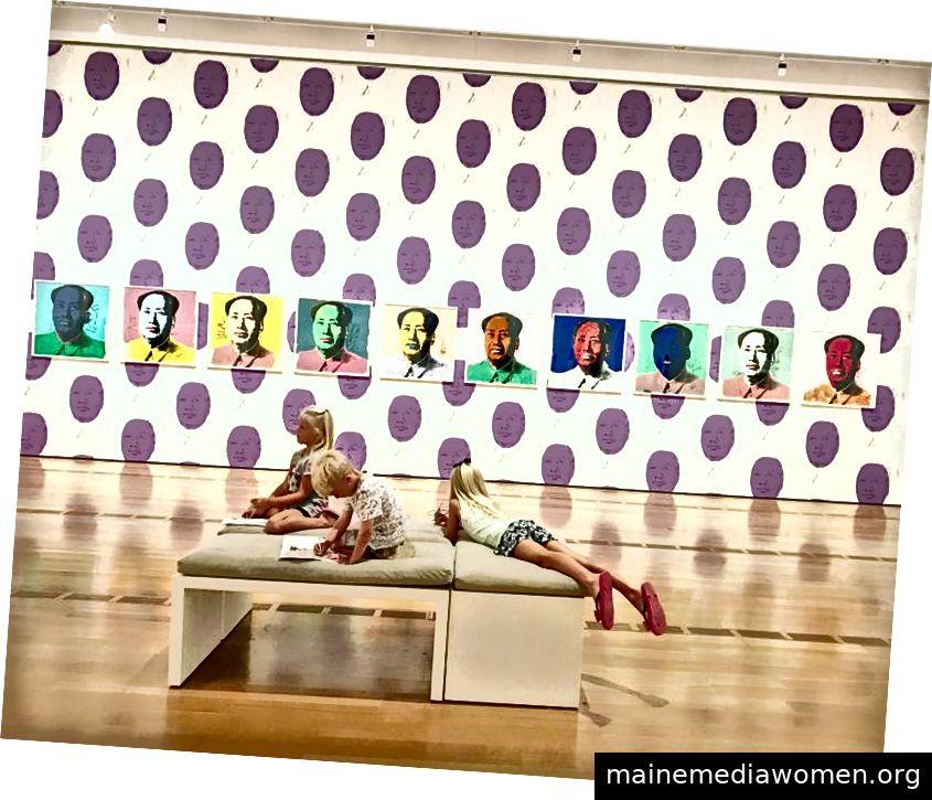 Kinder zeigen eine Andy Warhol-Ausstellung im High Art Museum of Atlanta Foto: Megan Fitzgerald