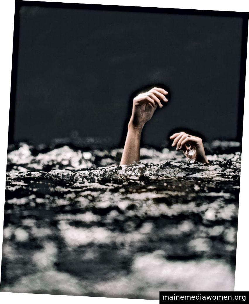 Tief schwimmen / Foto von Blake Cheek @blakecheekk