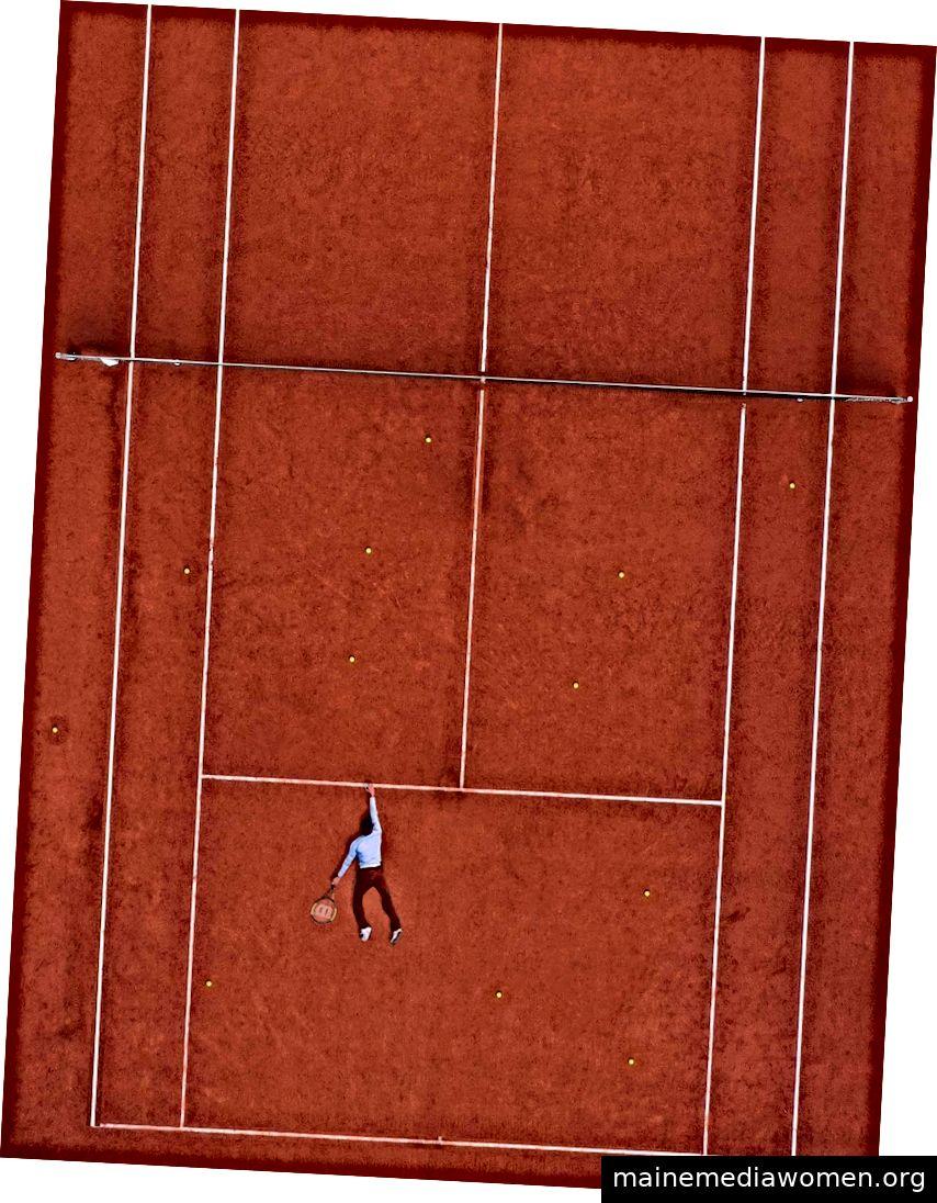 Erreichen Sie die Linie / Foto von Lefteris Kallergis
