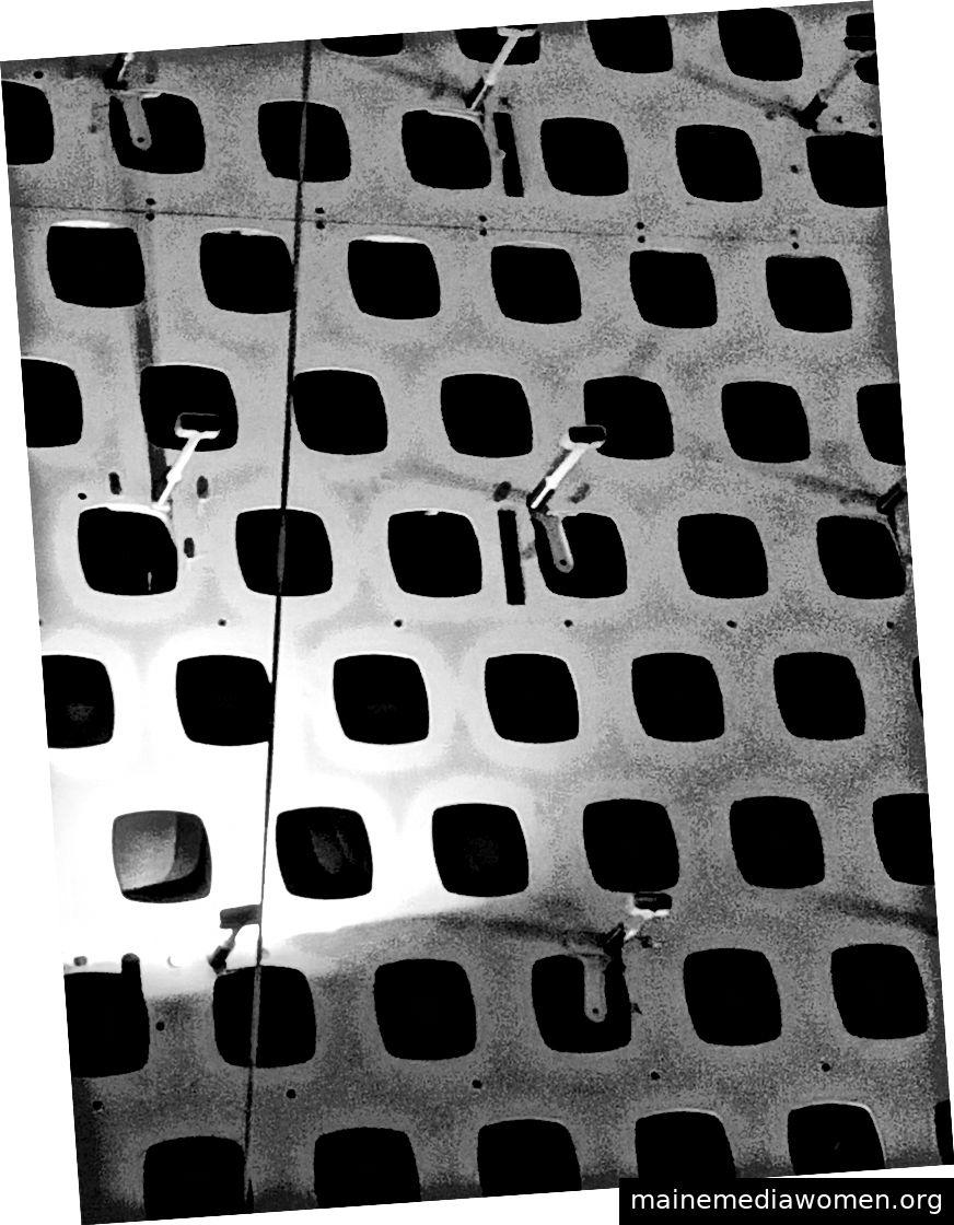 Ein Modell der Infrastruktur, mit der sich bewegte Bilder auf der Krone von Salesforce Tower erstellen.