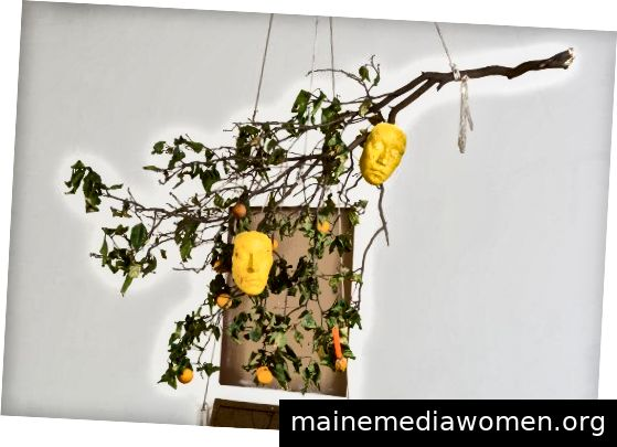 """""""From Ancient Matter, Takes Form"""" von María Maea, Photo Courtesy der Künstler und Commonwealth und Council, Los Angeles Foto: Ruben Diaz"""