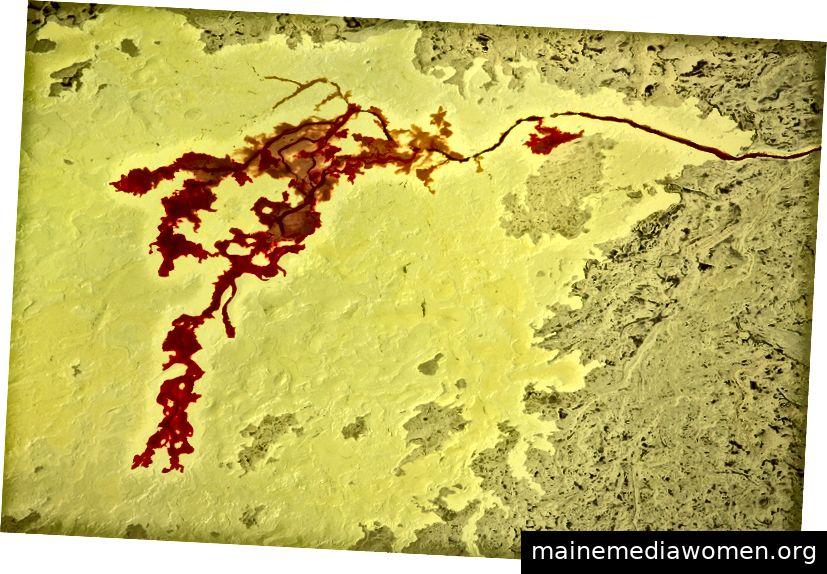 Geschmolzener Schwefel aus Teersandraffinerie Foto mit freundlicher Genehmigung von J Henry Fair