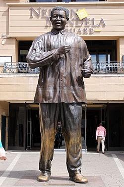 Abbildung 5: Statue von Nelson Mandela