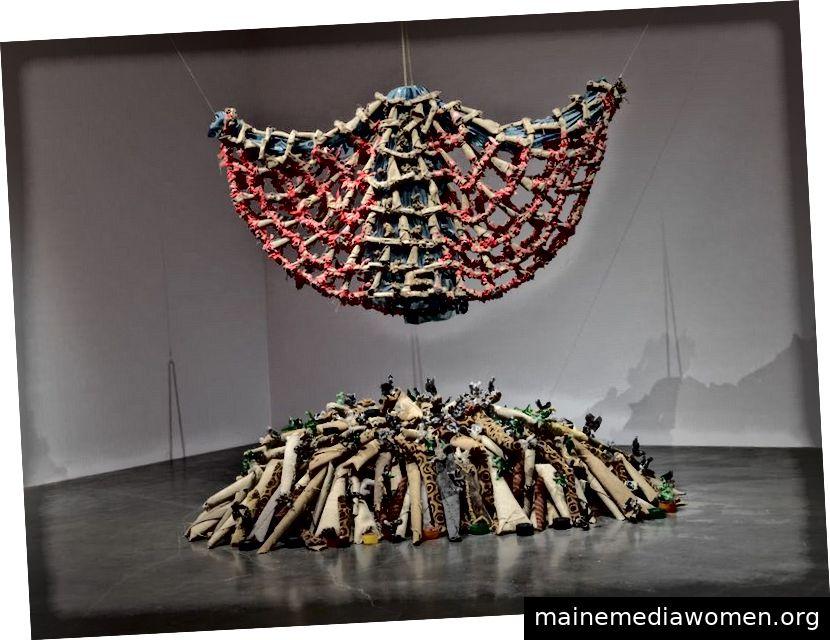 Nari Ward, Teppich Engel. 1992. Mit freundlicher Genehmigung des Künstlers und Lehmann Maupin, New York, Hongkong und Seoul. Foto: Matthew Herrmann