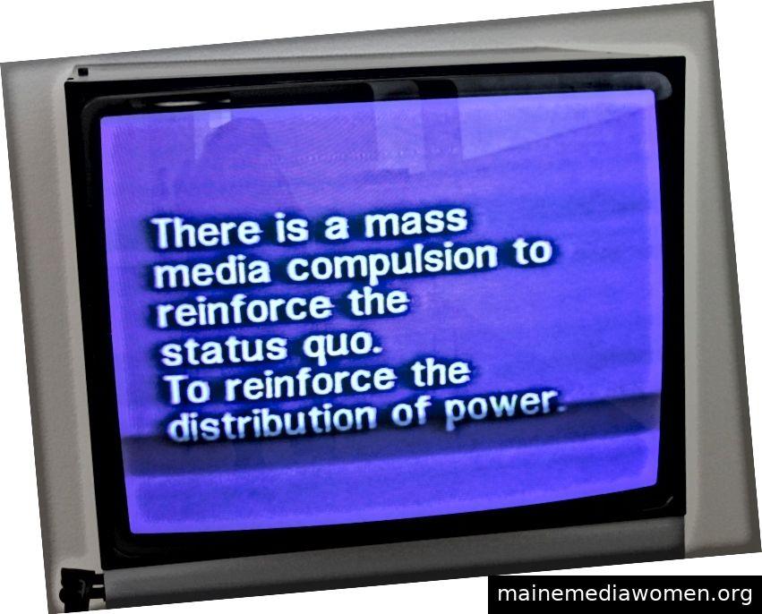 Fernsehen liefert Menschen. Richard Serra, 1973. Bild aus der Metropolensammlung.