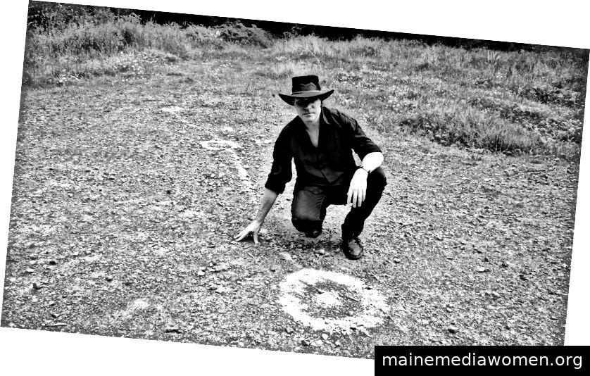 Gerry Joe Weise und Ground Painting, Frankreich, 2013.