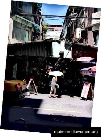Abbildung 7 - Joe Barnard, Taiwan - Straßenmarkt, 2018