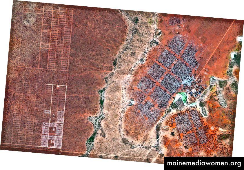 –0 · 000434 °, 40 · 364929 ° Hagadera, hier rechts, ist der größte Teil des Dadaab-Flüchtlingslagers in Nordkenia und beherbergt 100.000 Flüchtlinge. Um mit der wachsenden Zahl von Vertriebenen in Dadaab fertig zu werden, haben die Vereinten Nationen damit begonnen, die Menschen in ein neues Gebiet zu bringen, das LFO-Erweiterung genannt wird, das hier links zu sehen ist. Dadaab ist mit schätzungsweise 400.000 Einwohnern das größte Flüchtlingslager der Welt. Tagesübersicht | Satellitenbilder © 2016, DigitalGlobe, Inc.