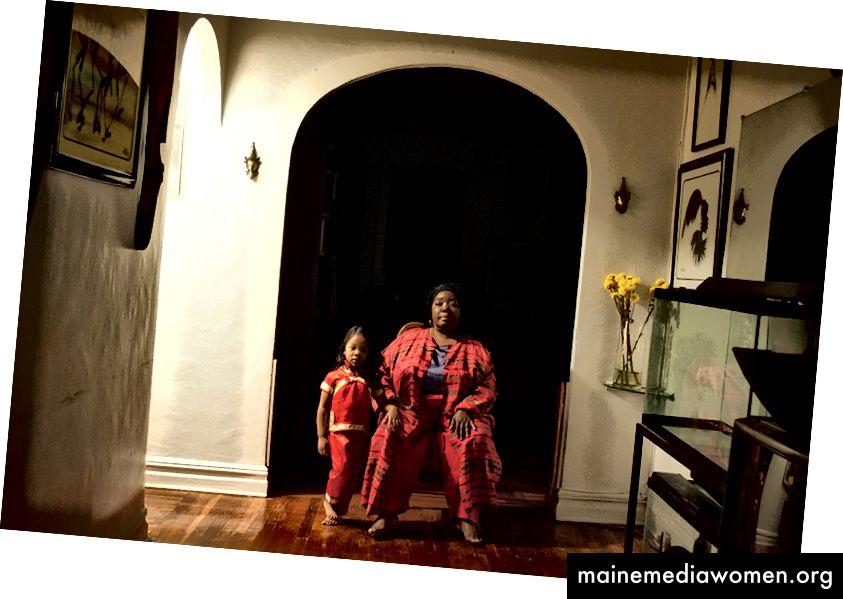 Mitochondrien-Serie: Die zwei Königinnen von Nona Faustine   2011