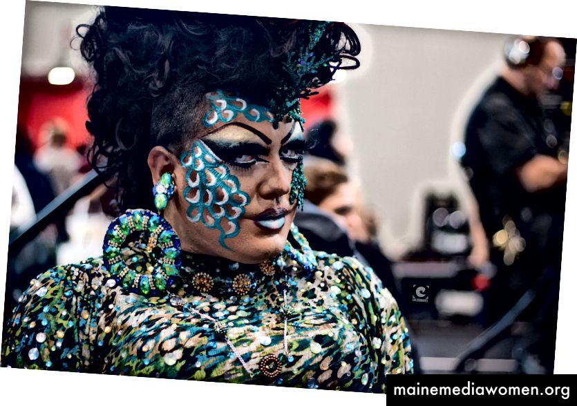 Eine Drag Queen, die 2017 beim RuPaul's DragCon in Manhattan, New York, am 10. September 2017 auftritt. Foto: Caleb Mutua / Caleb Images