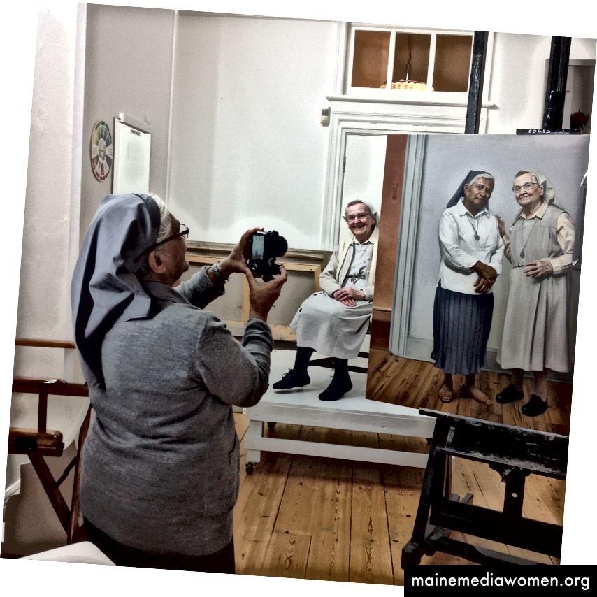 Winnie und Ethel modellieren in meinem Studio.