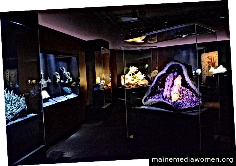 Museumsdesigner des Yale Peabody Museum sind mit der David Friend Hall ein Risiko eingegangen, einer atemberaubenden Mineralogie-Ausstellung mit revolutionärem Design.