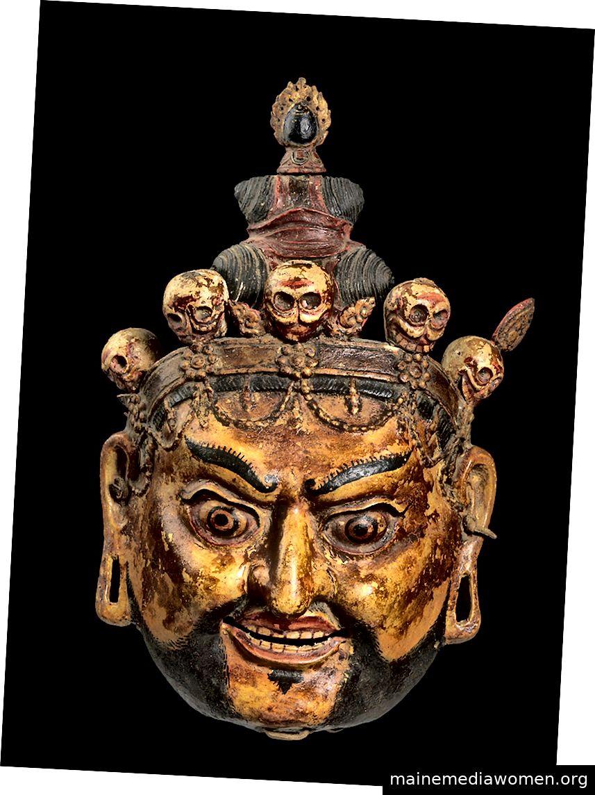 Rituelle Tanzmaske von Padmasambhava als Nyima Ozer (Eine der acht Manifestationen von Guru Rinpoche). Bhutan; Ca. 18. – 19. Jahrhundert. Pappmaché und Pigment, Leder.   Mit freundlicher Genehmigung der Bruce Miller Collection