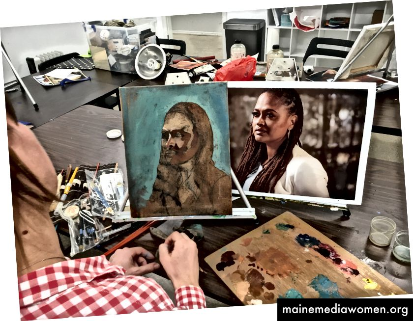 Meine Mallehrerin, die talentierte Caitlin Hurd, hilft mir, die Grundlagen in den frühen Phasen des Porträts zu legen.