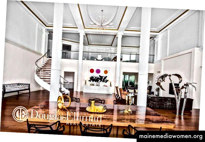 Ballsaal der Wohnung 1 / 2C, 260 West Broadway - Douglas Elliman