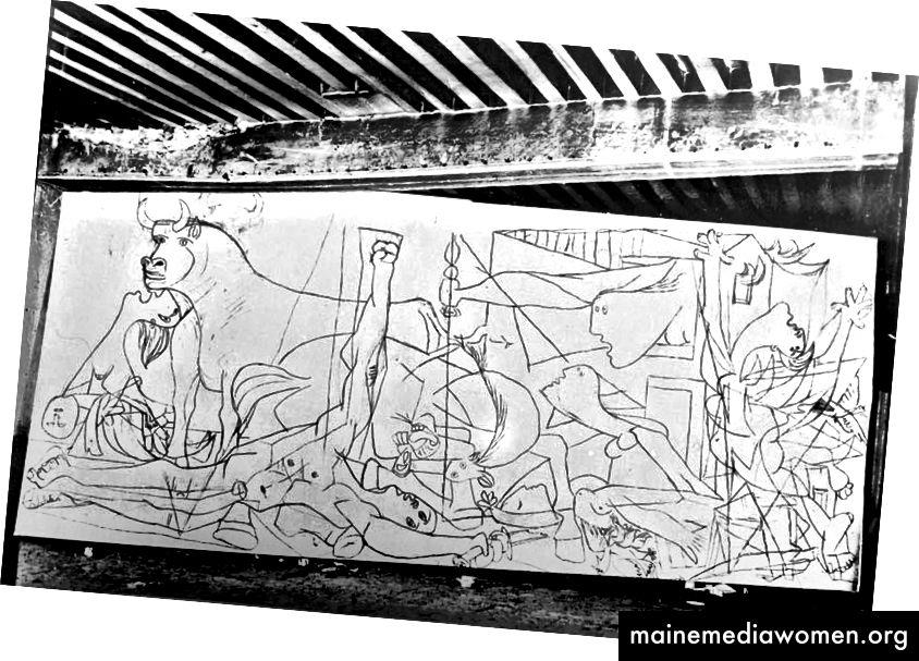 In den 1930er Jahren arbeitete Picasso größtenteils im Geheimen, doch während des Gemäldes von Guernica öffnete er seine Studiotüren für Besucher. Die Fotografin Dora Maar, seine damalige Geliebte und Muse, hat den Fortschritt des Gemäldes von den Anfängen bis zur Fertigstellung festgehalten. Diese frühe Zeichnung enthüllt zahlreiche Details, die für die endgültige Version geändert würden. Der Soldat mit dem zerbrochenen Schwert hebt in dieser Version seine Faust im republikanischen Gruß, indem er den Gruß entfernt und Picasso das Gemälde entpolitisiert.