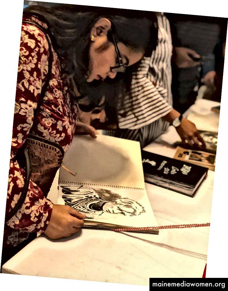 Тълпата беше много разбираща и внимателна със скиците. Какъв страхотен куп!