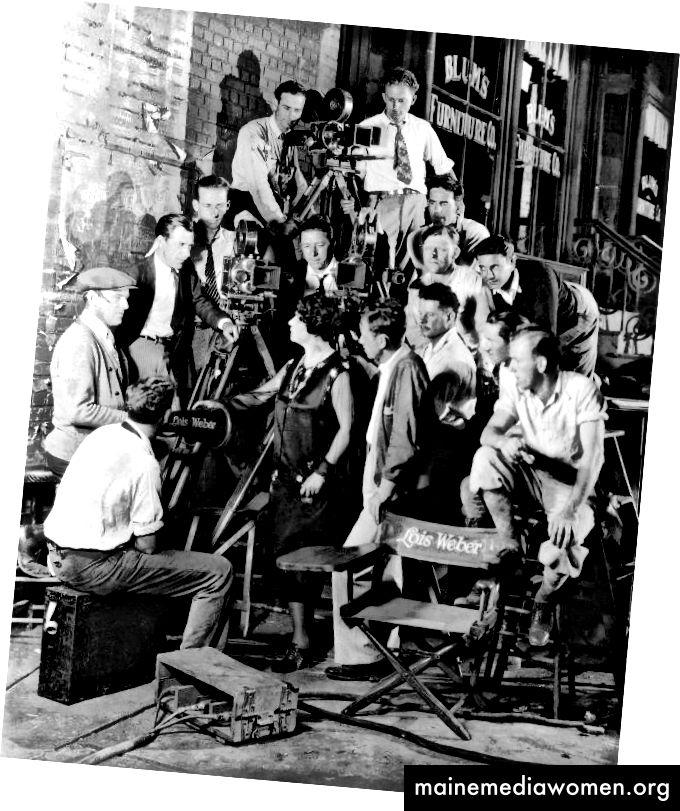"""""""Lois Weber (p / w / d / a) Ангелът на Бродуей (1927) Lenore Coffee (w). Бизони архиви """"чрез Проект за жени филмови пионери на Колумбийския университет"""
