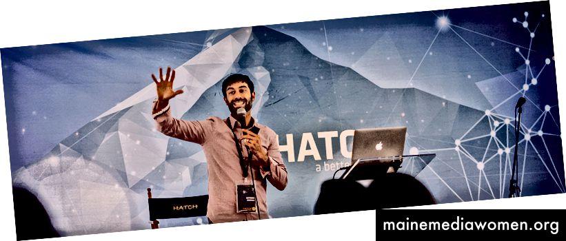 Творчески катализатор Айтан Шапира, снимка от Ник Тени