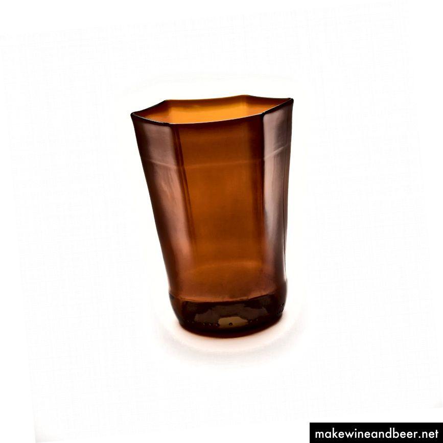 فنجان سحر و جادو ساخته شده از بطری های آبجو بازیافت شده ، 12 اونس ، هر 26 دلار. * ساخته شده در ایالات متحده آمریکا.