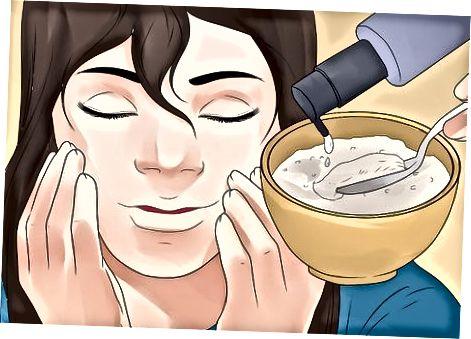 Exfoliating chun do phiocháin a ghlanadh