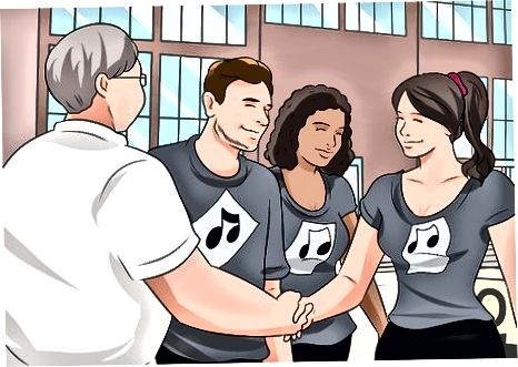 Адаптиране социално