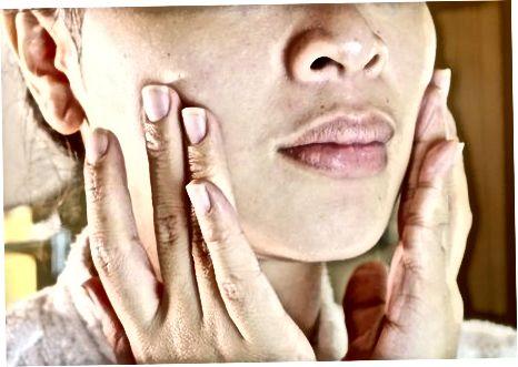 Kiaušinio baltymo užtepimas ant jūsų odos