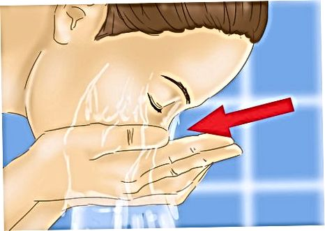 Använda baksoda och vatten