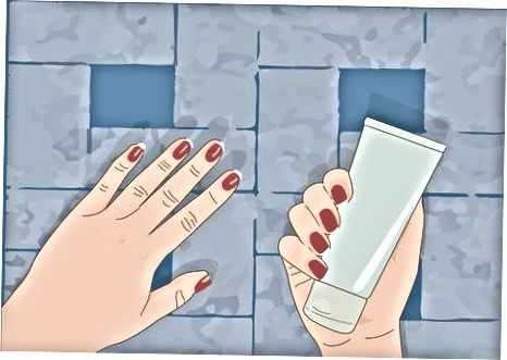 Duke përdorur kozmetikë